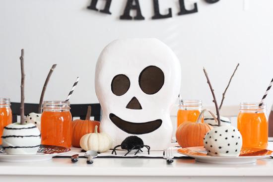 La tavola di halloween tante idee per apparecchiare con - Decorazioni tavola halloween ...