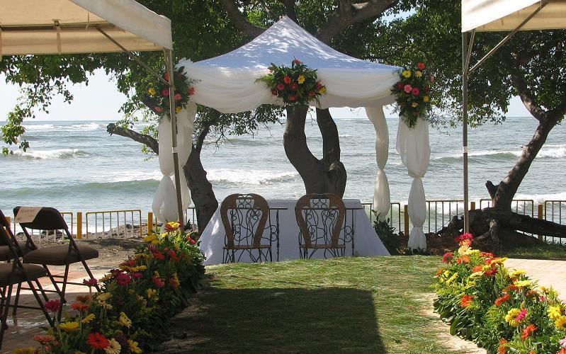 Matrimonio In Spiaggia Hawaii : Matrimonio in spiaggia come organizzarlo female world