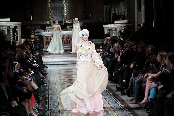 Roma Fashion White 2015: l'Alta Moda Sposa sfila in Chiesa
