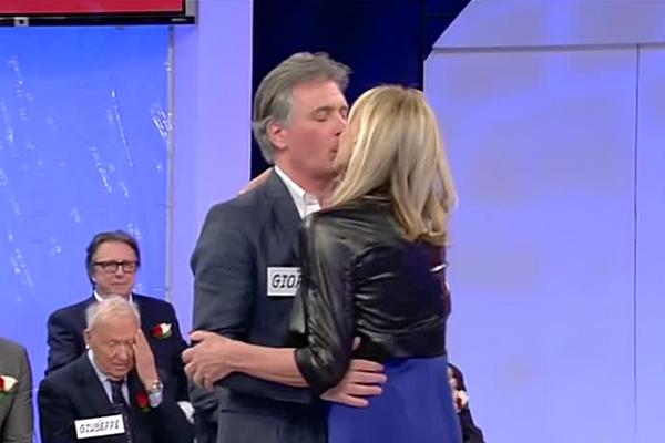 uomini e donne trono over gemma e giorgio bacio