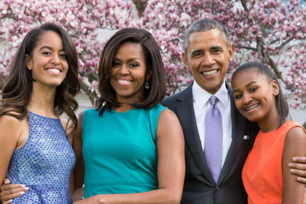 La famiglia Obama in trattative con Netflix