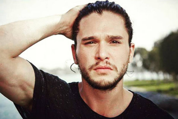 Kit Harington: attore di Game of Thrones dice la sua sulle molestie sessuali